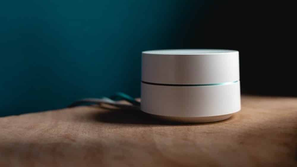 how far apart can google wifi points be