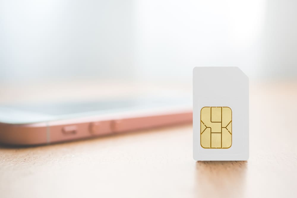 are sim cards universal