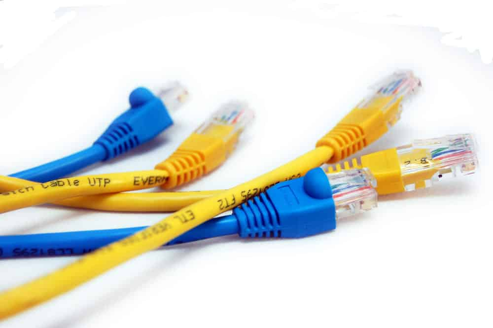 yellow vs blue ethernet cable