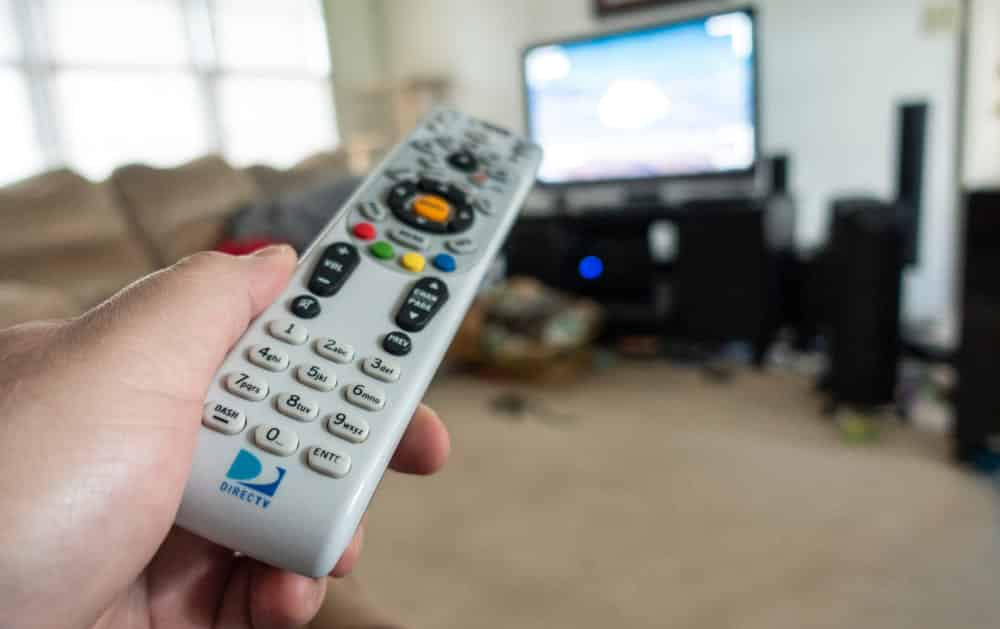 how to watch directv in another room without a box